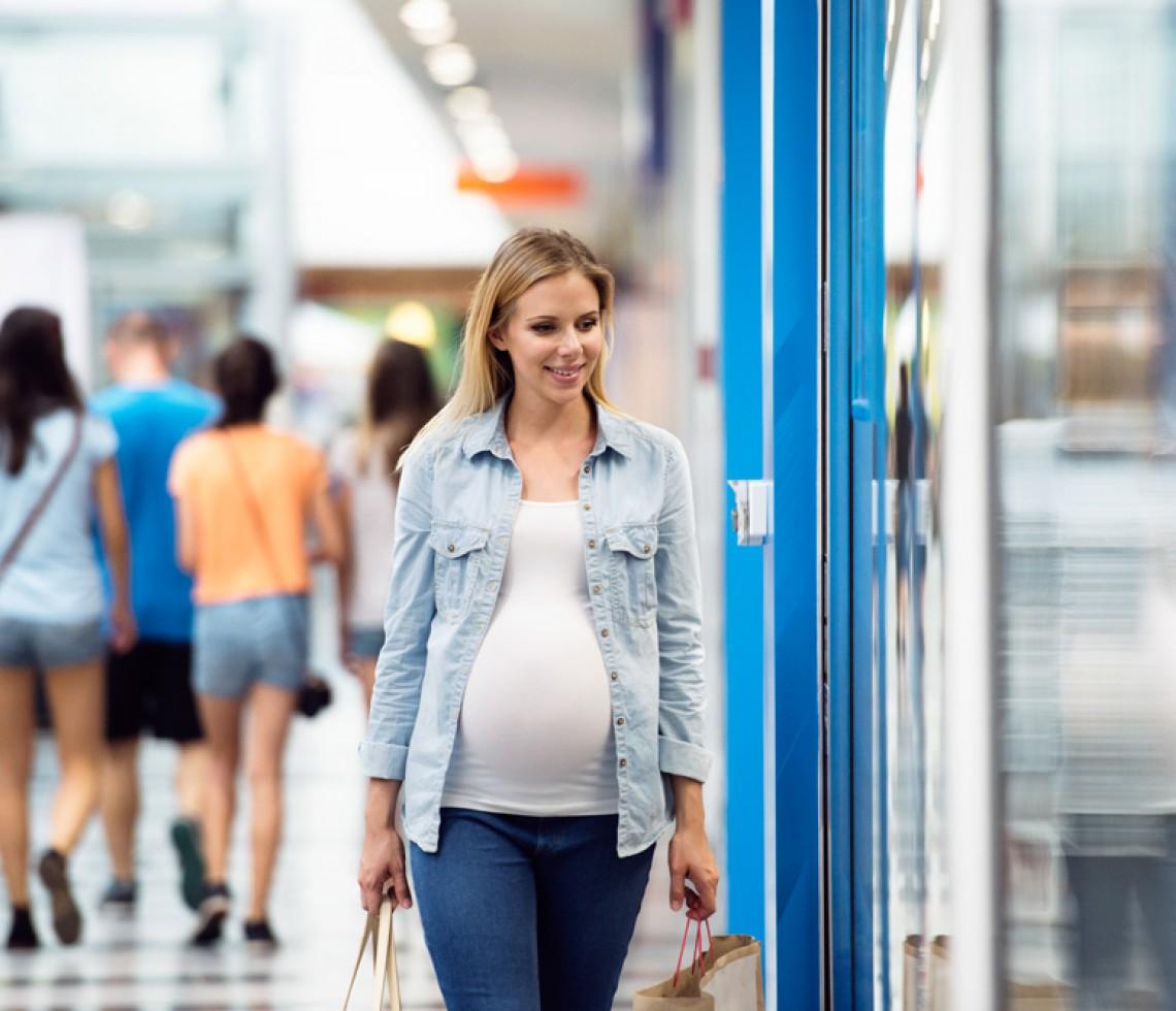 AEDAF recomienda solicitar la devolución sobre la prestación por maternidad: más de 600.000 madres tendrían derecho